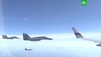 Минобороны показало полет Шойгу с сербскими истребителями