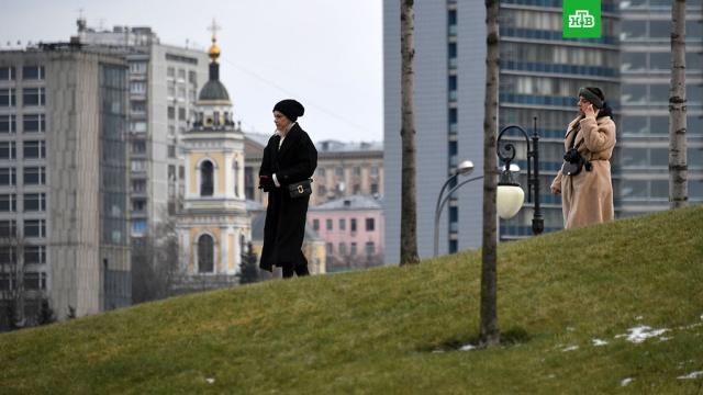 Погода в Москве установила очередной температурный рекорд.В столице побит очередной температурный рекорд. Сегодня к 11:00 температура воздуха на базовой столичной метеостанции на ВДНХ в столице поднялась до плюс 6, 3 градуса.зима, погода, погодные аномалии, рекорды.НТВ.Ru: новости, видео, программы телеканала НТВ