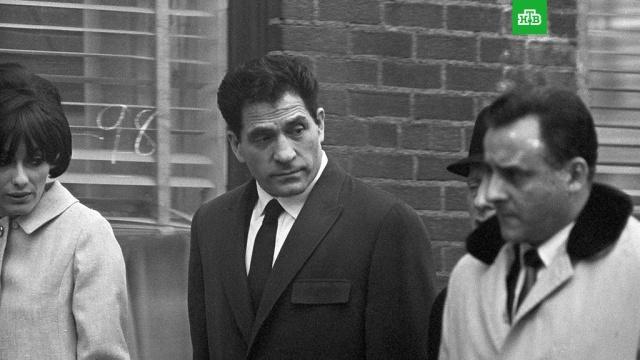 Старейший гангстер скончался в США.В больнице Нью-Йорка скончался известный гангстер Джон Францезе-старший по прозвищу Сонни.США, бандитизм, смерть.НТВ.Ru: новости, видео, программы телеканала НТВ