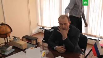 Иркутский чиновник съел улику на глазах уследователей