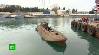 Участвовавший вобороне Севастополя катер подняли со дна моря