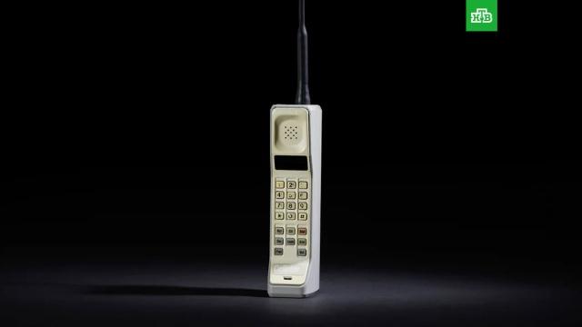 От «кирпича» до мини-компьютера: ко дню рождения мобильника.ЗаМинуту, мобильная связь, технологии.НТВ.Ru: новости, видео, программы телеканала НТВ