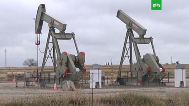Переговоры ОПЕК+: есть ли шанс на новую сделку по добыче.Сегодня страны ОПЕК+ в формате видеоконференции будут решать важнейший для российской экономики вопрос — что делать с ценами на нефть. Новая сделка по ограничению добычи возможна, но участие в ней США находится под очень большим вопросом. .ОПЕК, Саудовская Аравия, биржи, нефть, тарифы и цены.НТВ.Ru: новости, видео, программы телеканала НТВ
