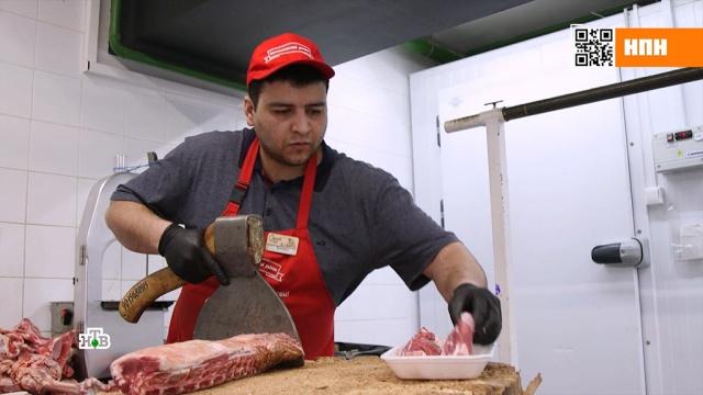 Как мясные продукты струпным ядом попадают на столы россиян.еда, кулинария, магазины, продукты, торговля.НТВ.Ru: новости, видео, программы телеканала НТВ