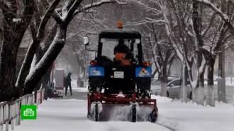 Самый мощный за 25 лет снегопад обрушился на Благовещенск