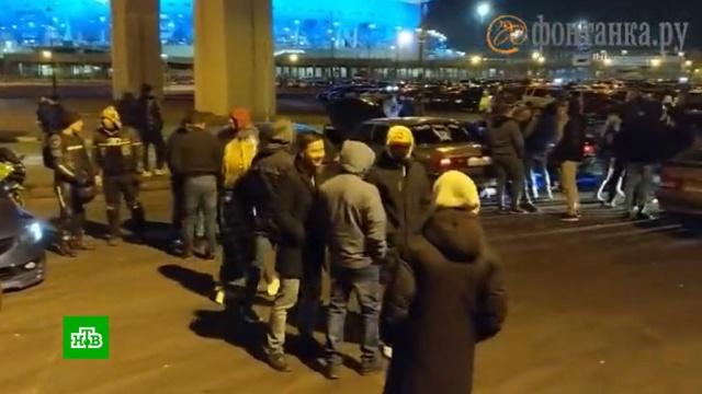 ВПетербурге выясняют, почему полицейские не пресекли сходку автолюбителей.Санкт-Петербург, болезни, карантин, коронавирус, эпидемия.НТВ.Ru: новости, видео, программы телеканала НТВ