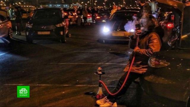 Полиция Петербурга усилила патрулирование после «карантинных» гонок стритрейсеров.Санкт-Петербург, болезни, карантин, коронавирус, эпидемия.НТВ.Ru: новости, видео, программы телеканала НТВ