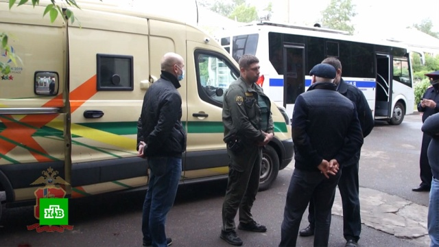 Раненные в Красноярске инкассаторы находятся в тяжелом состоянии.инкассаторы, кражи и ограбления, Красноярск.НТВ.Ru: новости, видео, программы телеканала НТВ