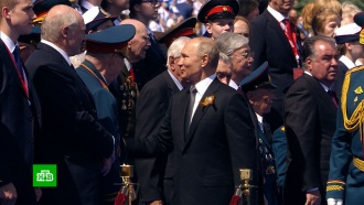 Путин поблагодарил организаторов иучастников парада Победы