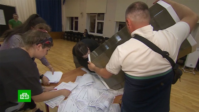 За голосованием по поправкам наблюдали более 500тысяч человек.Общественная палата, выборы, конституции.НТВ.Ru: новости, видео, программы телеканала НТВ