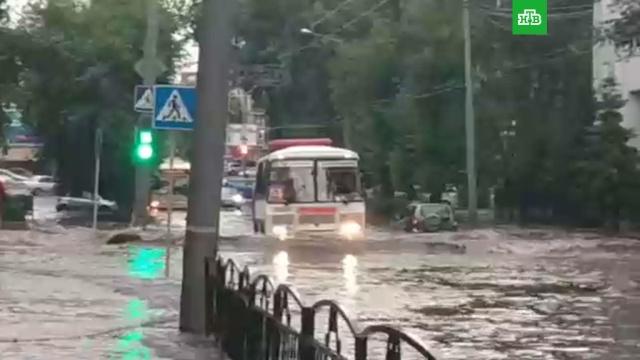 Томск затопило после ливня сградом.Новосибирск, Томск, наводнения, погода, погодные аномалии.НТВ.Ru: новости, видео, программы телеканала НТВ