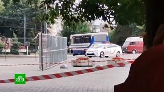 Захват заложников вЛуцке: СБУ призвала людей не выходить на улицу