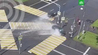 Машины влетели впешеходов на <nobr>юго-востоке</nobr> Москвы