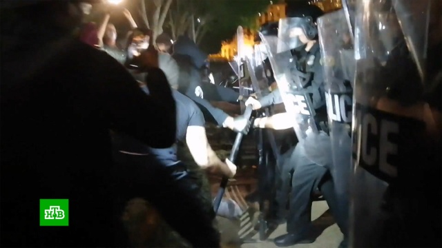 Кремль возмущен нападением полиции США на российских журналистов.Песков, США, журналистика, митинги и протесты, нападения.НТВ.Ru: новости, видео, программы телеканала НТВ