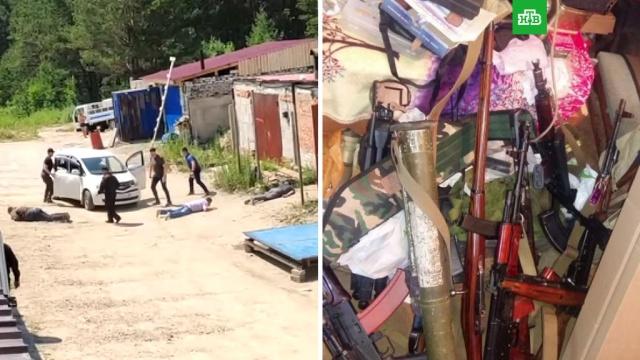 ФСБ показала оружие из подпольных мастерских: видео.ФСБ провела в 12 российских регионах масштабную спецоперацию, во время которой были задержаны нелегальные торговцы оружием.оружие, ФСБ.НТВ.Ru: новости, видео, программы телеканала НТВ