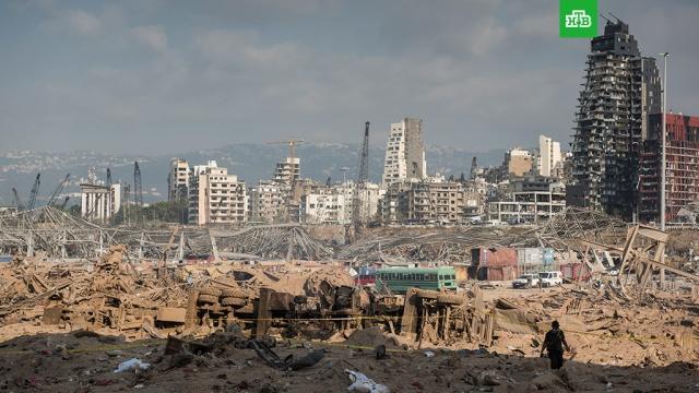 Президент Ливана не исключил причастности «внешних сил» к ЧП в Бейруте.Президент Ливана Мишель Аун не исключил внешнего воздействия на склад с аммиачной селитрой в порту Бейрута, взрыв которого унес жизни свыше 150 человек и разрушил или повредил половину зданий в городе.Ливан, взрывы, расследование.НТВ.Ru: новости, видео, программы телеканала НТВ