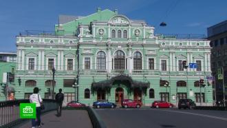 Губернатор Петербурга снял запрет на работу фуд-кортов, театров и кинотеатров