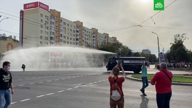 ВБресте протестующих разгоняли водометом.Белоруссия.НТВ.Ru: новости, видео, программы телеканала НТВ