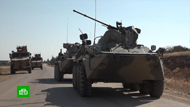 Российские военные на БТР итурецкие на «Ежах» устроили вСирии совместное маневрирование.Сирия, Турция, армии мира, армия и флот РФ, войны и вооруженные конфликты, учения.НТВ.Ru: новости, видео, программы телеканала НТВ