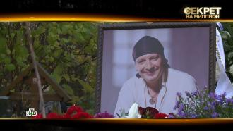 Битва за наследство: вдова Марьянова показала СМС споследней волей актера