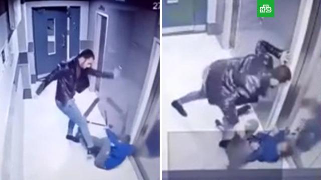 Мужчина жестоко избил ребенка вподъезде.Воронеж, дети и подростки, драки и избиения, нападения.НТВ.Ru: новости, видео, программы телеканала НТВ