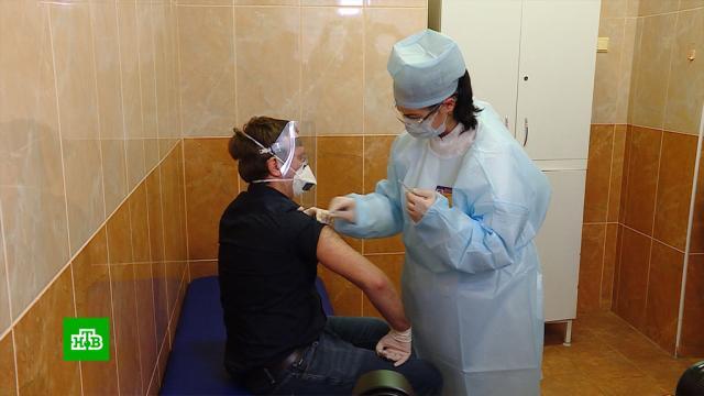 Более четырех тысяч белорусов захотели привиться российской вакциной от COVID-19.Белоруссия, Минск, коронавирус, эпидемия.НТВ.Ru: новости, видео, программы телеканала НТВ