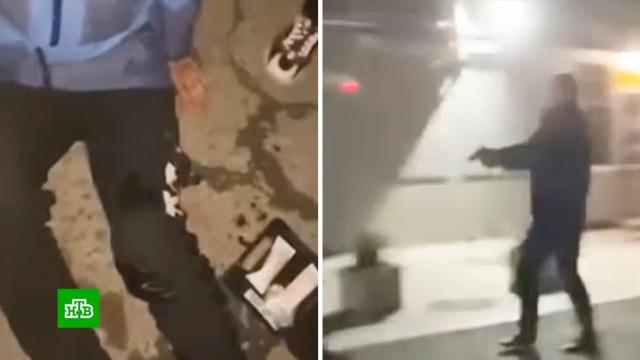 На устроивших пьяный дебош у бара под Краснодаром завели дело.Краснодарский край, драки и избиения, нападения, расследование, стрельба.НТВ.Ru: новости, видео, программы телеканала НТВ