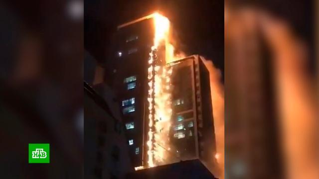 Пылающий жилой небоскреб вКорее сняли на видео.Южная Корея, небоскребы, пожары.НТВ.Ru: новости, видео, программы телеканала НТВ