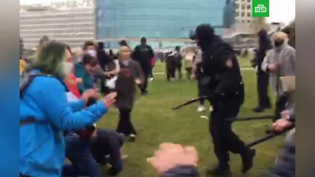 В центре Минска начались задержания протестующих.Белоруссия, Минск, задержание, митинги и протесты.НТВ.Ru: новости, видео, программы телеканала НТВ