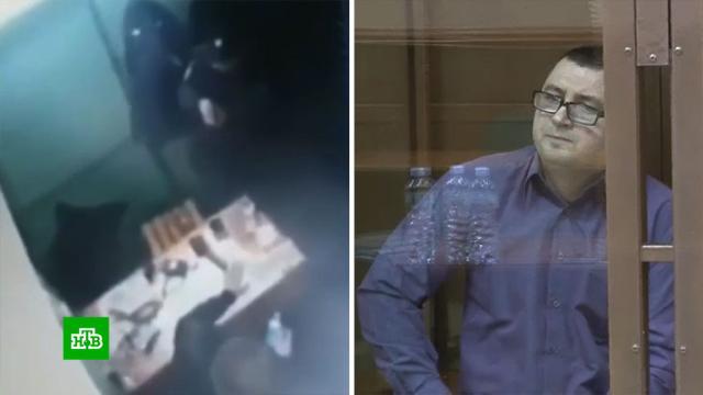 В Мосгорсуде начался процесс над стрелявшим в коллег полицейским.Москва, метро, полиция, стрельба, суды.НТВ.Ru: новости, видео, программы телеканала НТВ