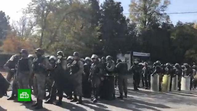 После отставки президента Киргизии контроль над силовиками перешел кпремьеру.Киргизия, беспорядки, митинги и протесты, назначения и отставки.НТВ.Ru: новости, видео, программы телеканала НТВ