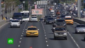 Около 60% таксистов в Москве нарушают противоэпидемические меры