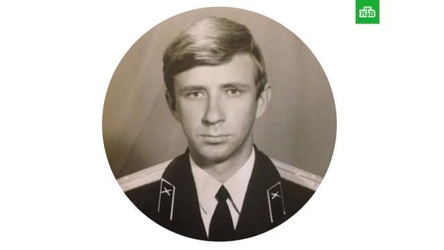 Умер отец рэпера Басты.40-летний Василий Вакуленко, более известный как Баста, написал о смерти отца на своей странице в Instagram.артисты, знаменитости, музыка и музыканты, семья, смерть, шоу-бизнес.НТВ.Ru: новости, видео, программы телеканала НТВ