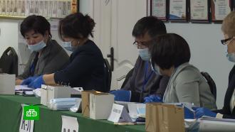 Фаворит президентской гонки проголосовал на досрочных выборах вКиргизии