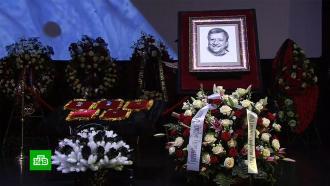 «Вова, мне хреново»: на похоронах Грачевского друг зачитал его последнее СМС
