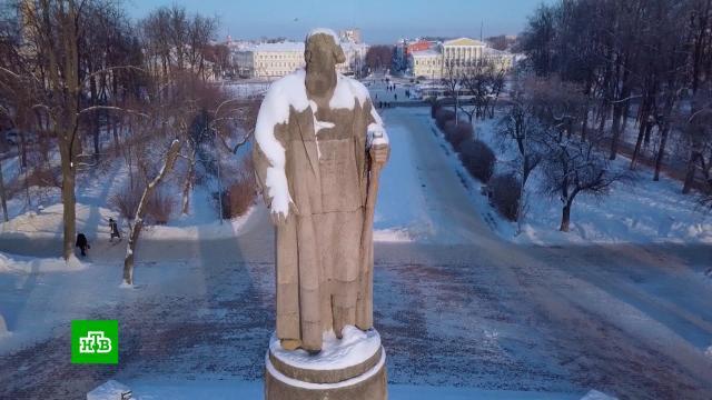 В Костроме дискуссия вокруг памятника Сусанину перессорила бывших мэров и кафедры вузов