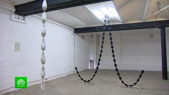 Петербургская художница создала инсталляцию про невестин плач