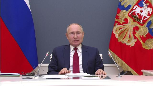 Выступление Путина на Давосском форуме.Президент РФ Владимир Путин сегодня выступает на сессии онлайн-форума «Давосская повестка дня 2021», организованного Всемирным экономическим форумом. Это первое выступление Путина на форуме с 2009 года.НТВ.Ru: новости, видео, программы телеканала НТВ