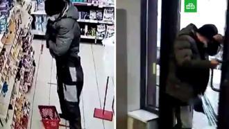 Мужчина хотел похитить килограммы сыра, но попался исбежал, разбив стеклянную дверь
