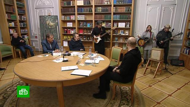 Исполнители считают петербургский закон об уличных музыкантах сырым и несправедливым.Санкт-Петербург, законодательство, музыка и музыканты.НТВ.Ru: новости, видео, программы телеканала НТВ