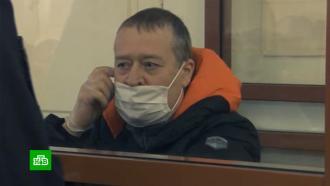 <nobr>Экс-главу</nobr> Марий Эл приговорили к13годам колонии иштрафу в235млн рублей