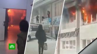 Водитель автобуса спас людей из загоревшегося в<nobr>Горно-Алтайске</nobr> ТЦ