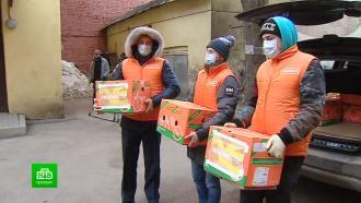 Вканун 8Марта петербургские волонтеры поблагодарили врачей