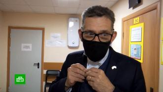 После прививки «СпутникV» французский генконсул чувствует себя хорошо