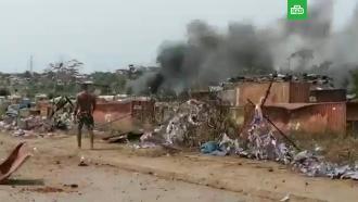 Президент Экваториальной Гвинеи назвал причиной взрывов халатность военных.Число пострадавших от серии взрывов в Бате возросло еще на 100 человек.Африка, армии мира, взрывы.НТВ.Ru: новости, видео, программы телеканала НТВ