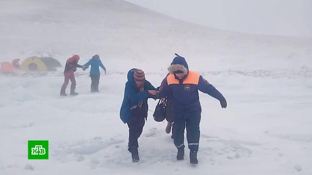 Иркутскую область накрыла метель ссильным ветром.Байкал, Иркутская область, погода, снег.НТВ.Ru: новости, видео, программы телеканала НТВ
