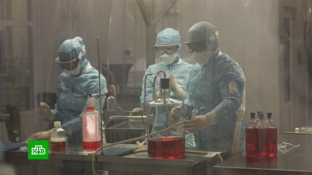 Создатели вакцины «КовиВак» планируют выпускать 10 миллионов ампул в год.болезни, вакцинация, здоровье, коронавирус, наука и открытия, эпидемия.НТВ.Ru: новости, видео, программы телеканала НТВ