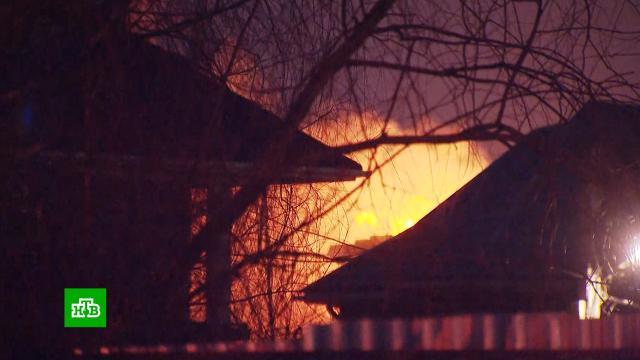 Всгоревшем подмосковном доме нашли тело мужчины, стрелявшего всиловиков.Московская область, стрельба.НТВ.Ru: новости, видео, программы телеканала НТВ