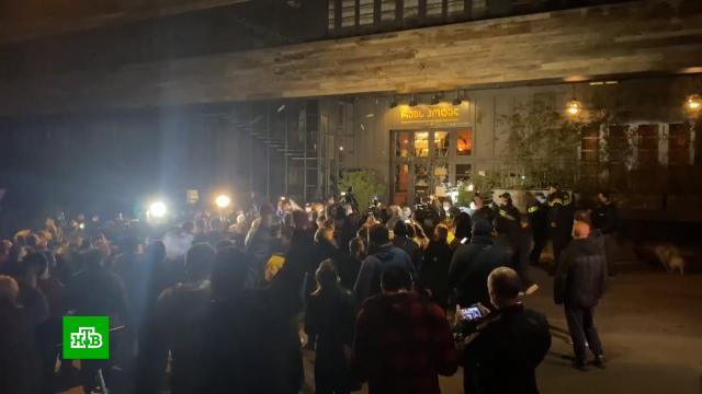 «В Грузии опасно»: почему радикалы атаковали Познера в Тбилиси