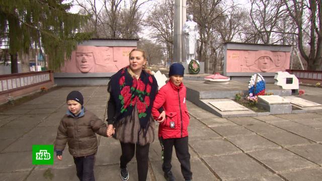Коммунальщики через суд обязали <nobr>7-летнего</nobr> ребенка погасить долги по ЖКХ